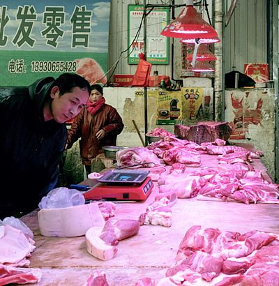 meat-market-Langfang-GiuoliaMarchi-for-NYTimes-cropped